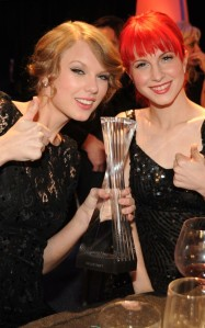 Taylor Swift and Hayley Williams