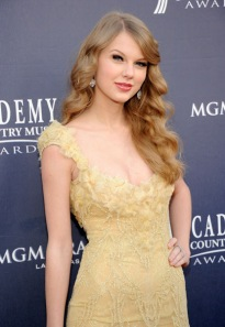 Taylor Swift at the 46th ACM Awards
