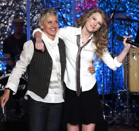 The Story Of Us Looks A Lot Like This Taylor Swift On Ellen The Swift Agency