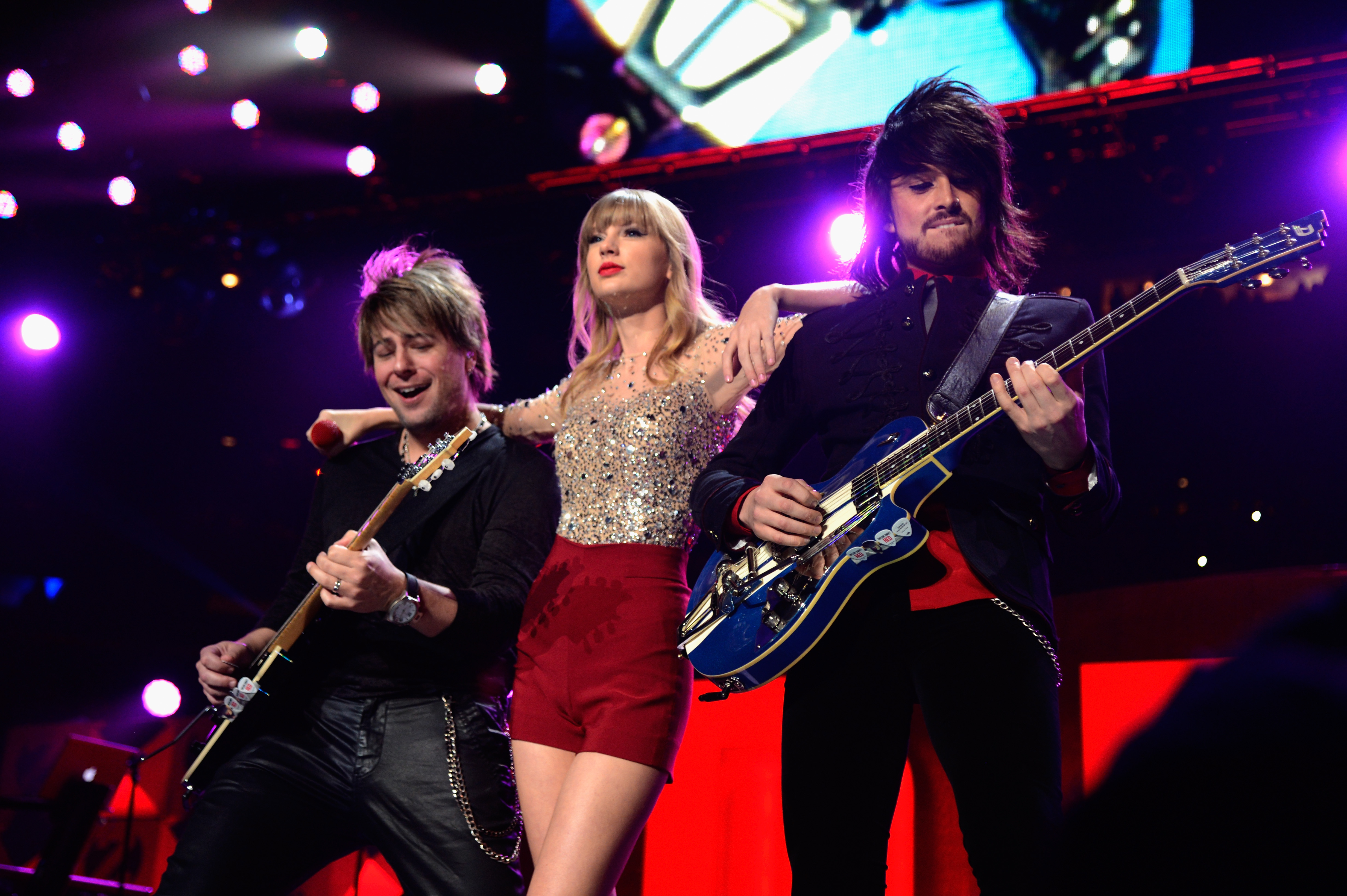 Red Tour Talk Tacoma Wa Added To December 11 Presale The Swift Agency