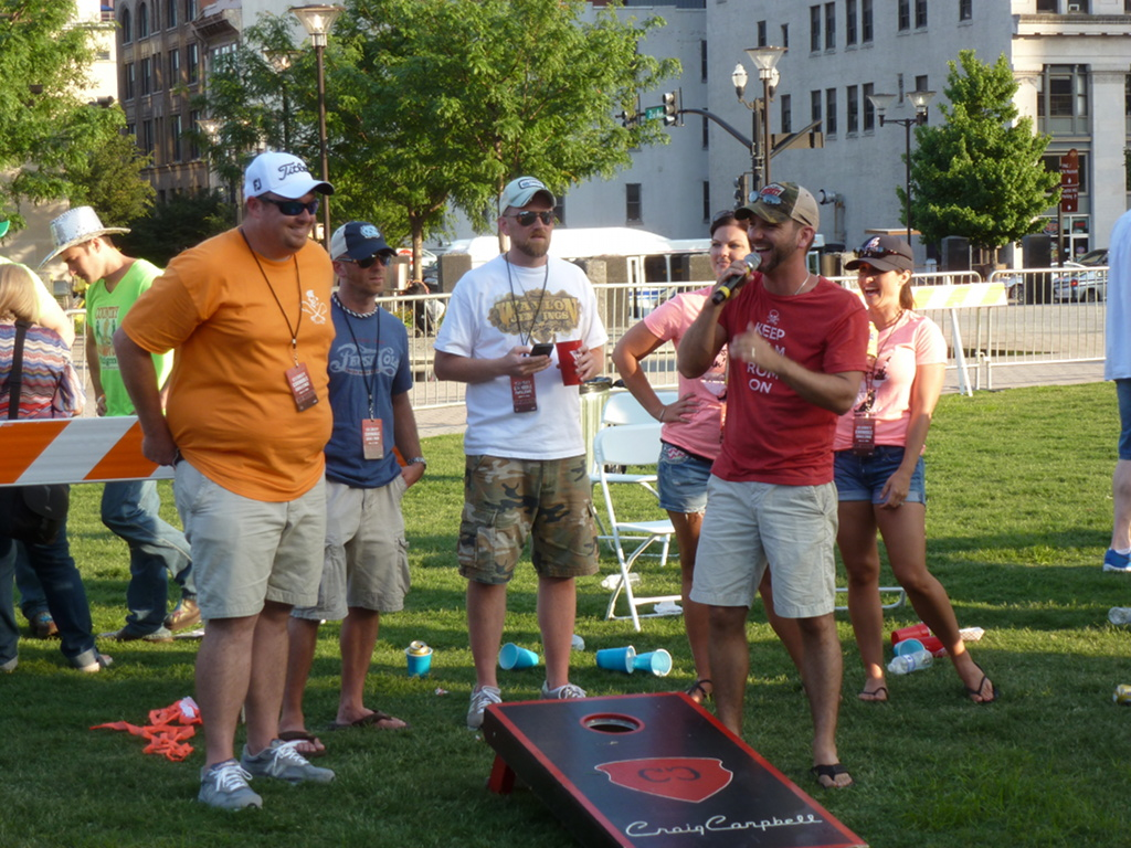 Nashville Diaries Fan Club Parties And Celebrity Games During Cma