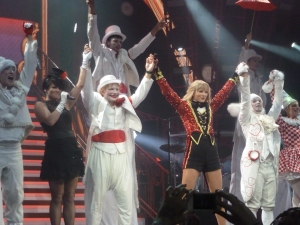Taylor Swift and Ed Sheeran close the RED Tour (2013-09-21)