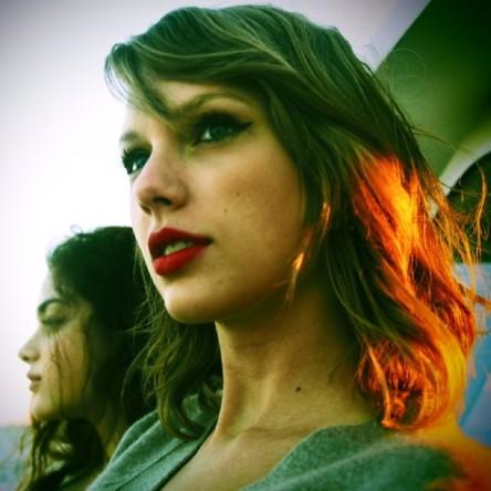(Photo: Jaime King via Taylor Swift's Instagram)