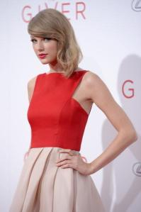 NEW YORK, NY - AUGUST 11: Actress Taylor Swift attends 'The Giver' premiere at Ziegfeld Theater on August 11, 2014 in New York City. (Photo by Dimitrios Kambouris/Getty Images)