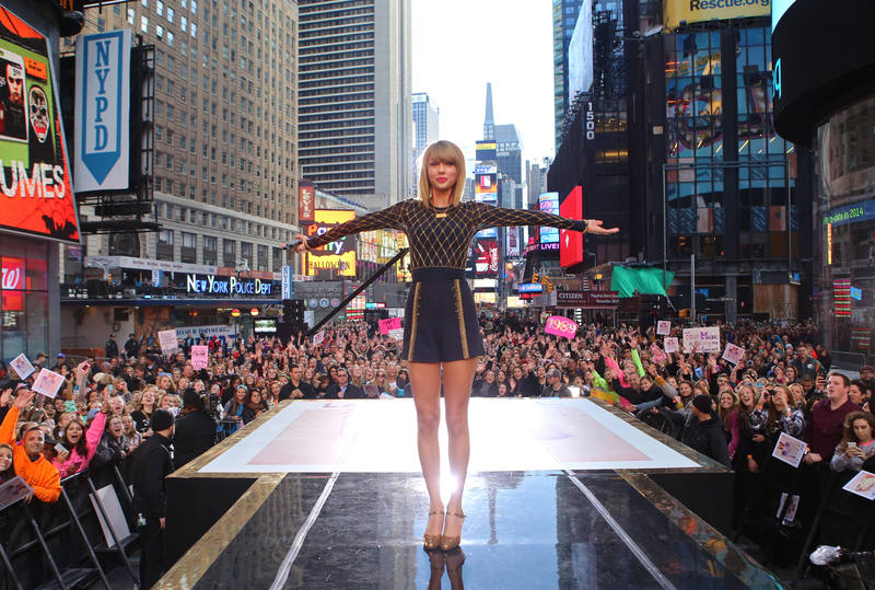 News Update: Taylor Sw... Taylor Swift Agency