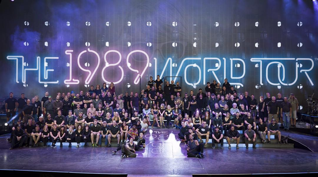 the 1989 world tour team taylor  thanks for all you do